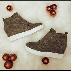 Journee Clara Wedge Sneaker | Poshmark